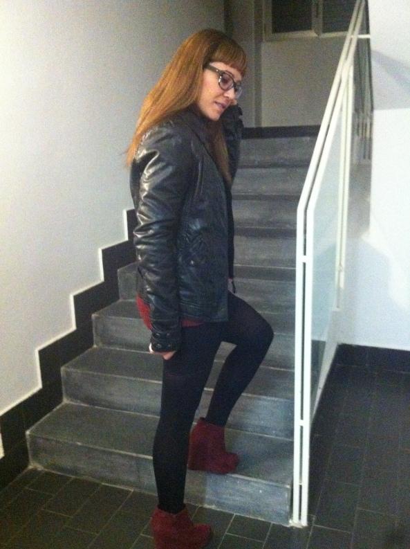 Black & burgundy 07